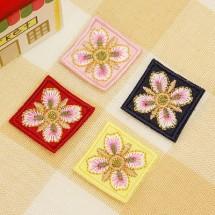 사각테두리 금사나비꽃(자수와펜)