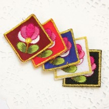 목련 사각꽃(자수와펜)